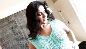 Spanking Sunny Leone freaks out on a smart touch to her thrilling body