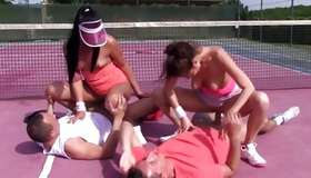 Foursome porn with sexually weird youngsters on a tennis court